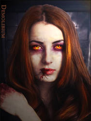 The Vampire eyes by demolibium