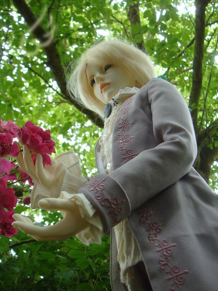 Le Jeu des Associations - Page 22 Flower_and_tree_by_allisterinwonderland-d57lp18