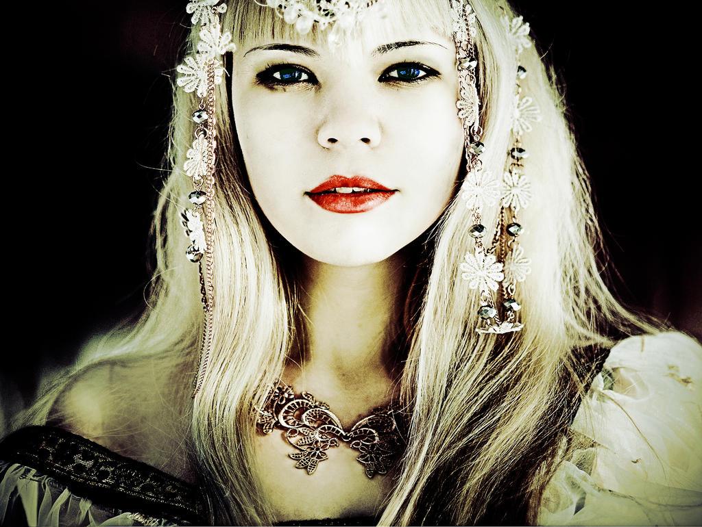Tyra Brorsdotter--married to Randulfr Jarl by Melindrea82