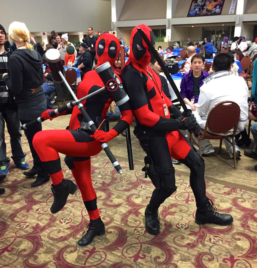 Male and Female Deadpool cosplay by GrumpyCosplay