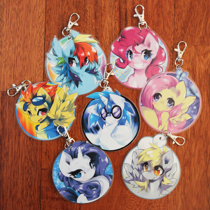 """Pics & Gifs Thread #1: Gasmask should spell my name with an """"o"""" from now on - Page 11 Mlp_fim_keychains_by_jeniac-d4qgl7q"""