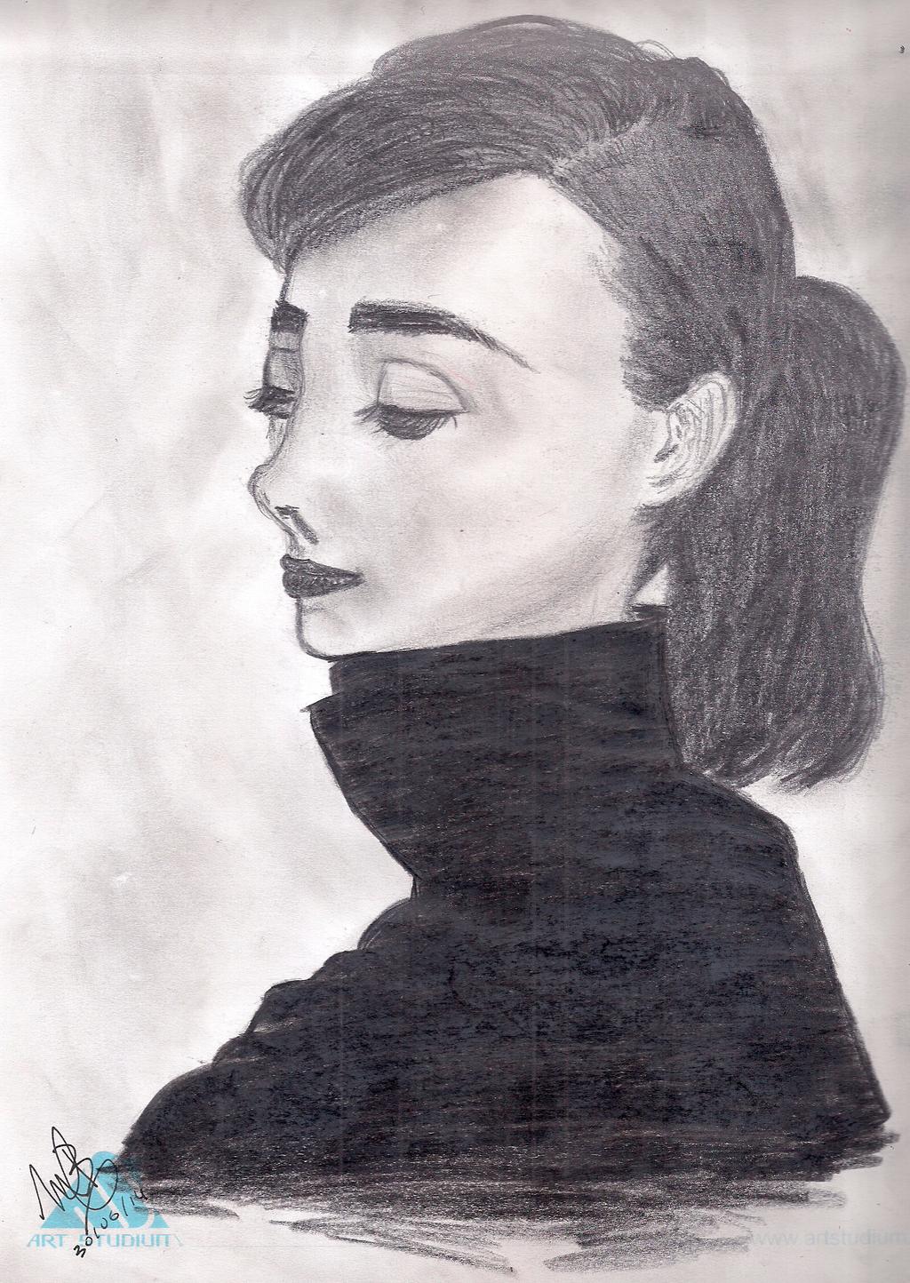 Audrey Hepburn by BelenMrsC