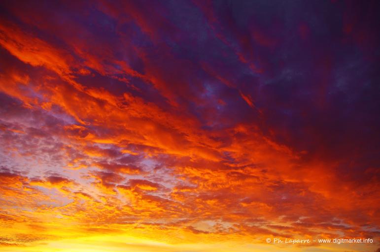 Ciel en fusion by DigitPhil