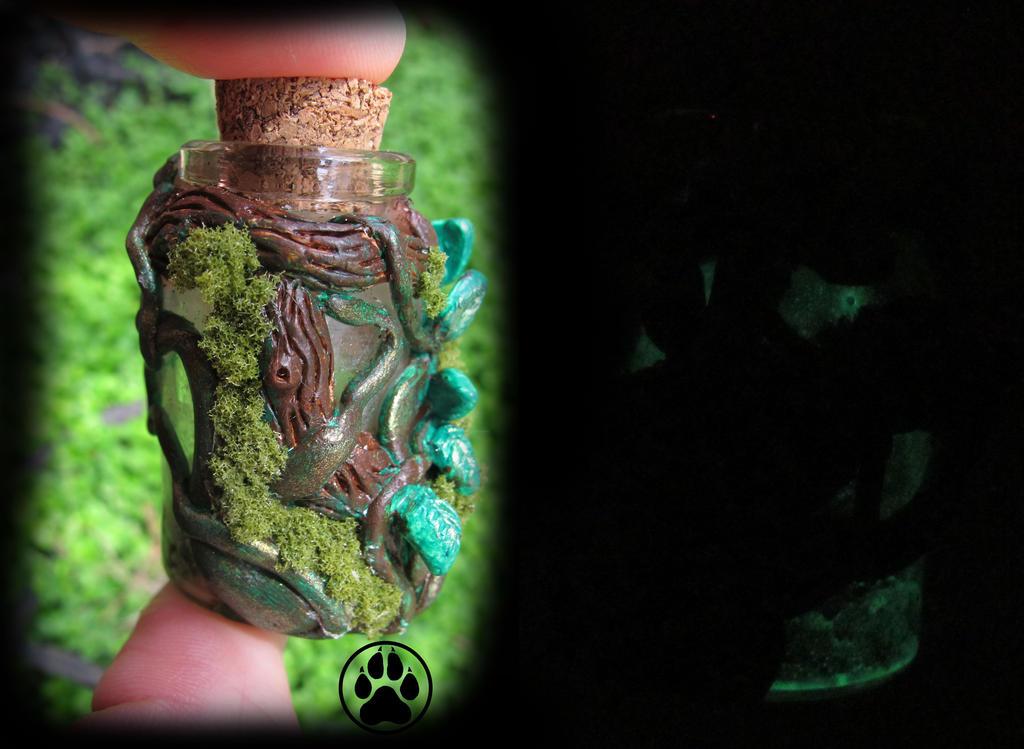 SOLD enchanted tree heart mini bottle  GLOWING! by CreaturesofNat