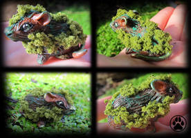 SOLD Moss mouse mini sculpture OOAK by CreaturesofNat