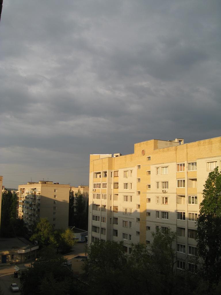 Avant la pluie by AnastasieLys