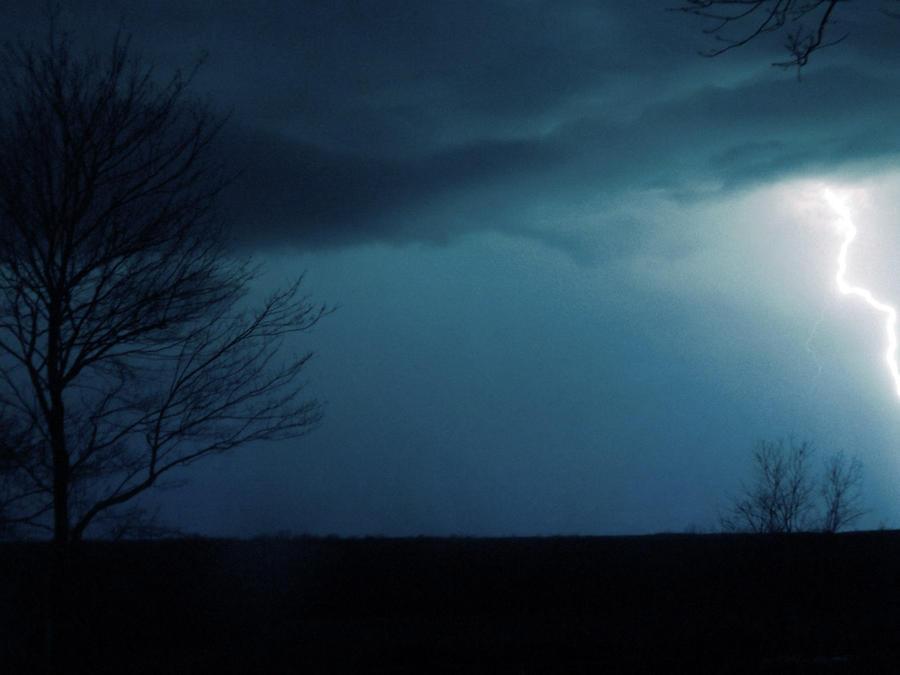 Night Lights by KenshinKyo