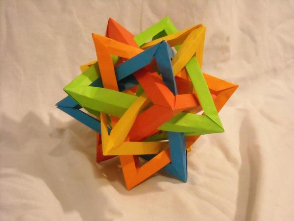 Origami Lesser Stellated Dodecahedron (Meenakshi Mukerji) : origami | 451x600