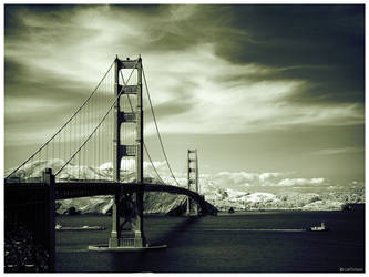 Golden Gate Bridge IR by caithness155