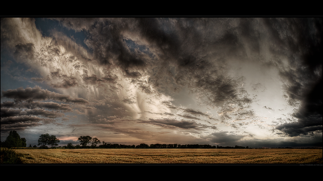 Hungarian skies pt.III. by realityDream