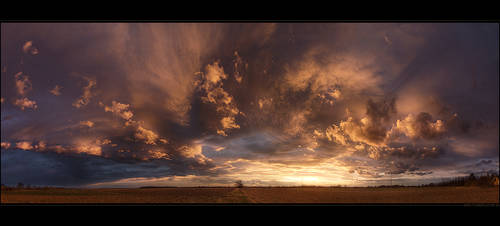 Hungarian skies pt.XXII. by realityDream