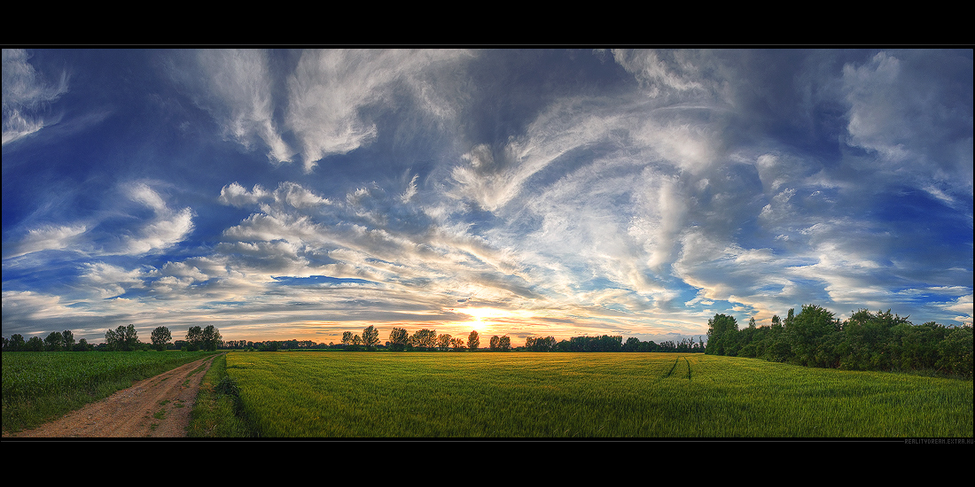 Hungarian skies pt.XXXII. by realityDream