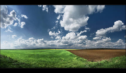 Hungarian skies pt.XLVI. by realityDream