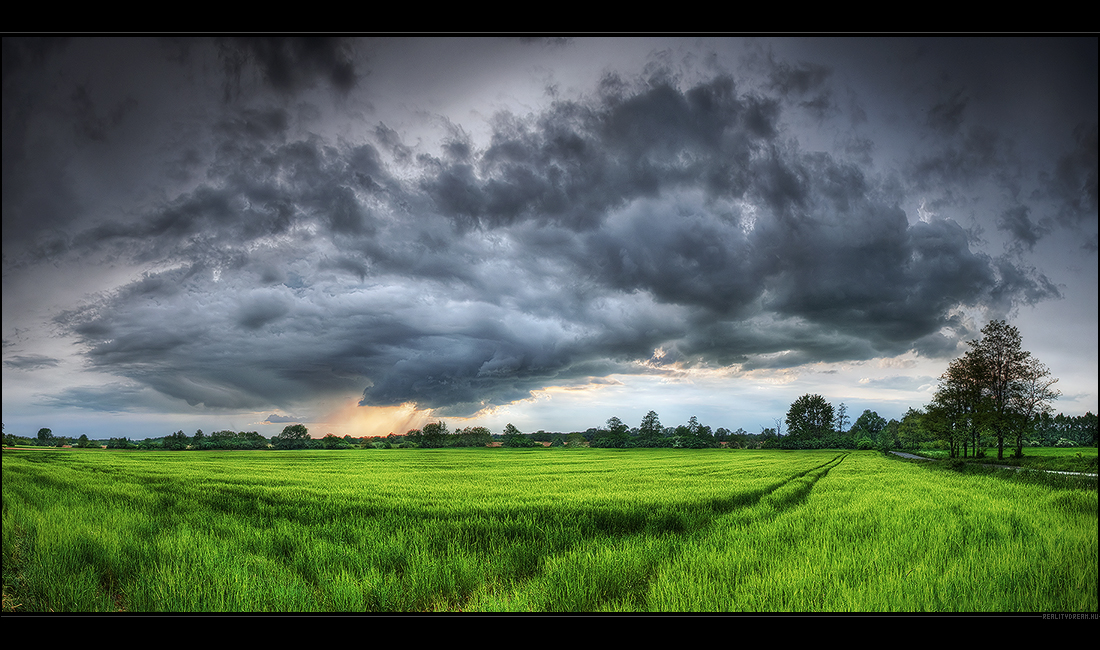 Hungarian skies pt.LI. by realityDream