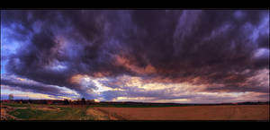 Hungarian skies pt.CXXV. by realityDream