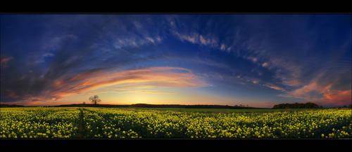 Hungarian skies pt.CXXIII. by realityDream