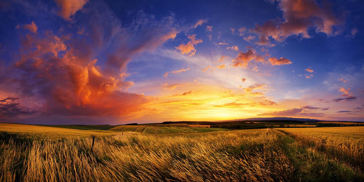 Hungarian skies CCXXVIII. by realityDream