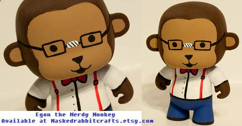 Egon the Nerdy Monkey by maskedrabbitcrafts