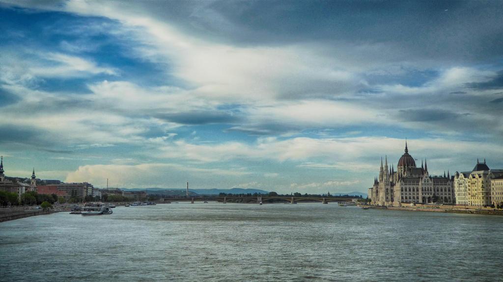 Budapest by burnchild