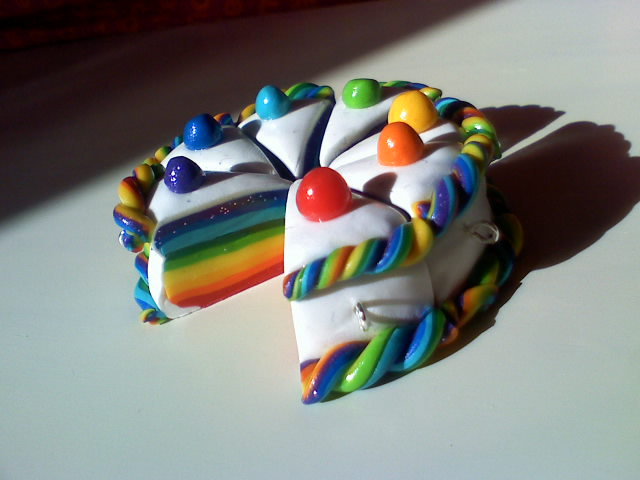 Rainbow cake by DonutsFactory