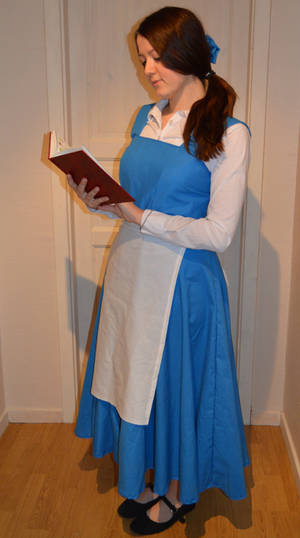 Belle - Beauty and the beast cosplay
