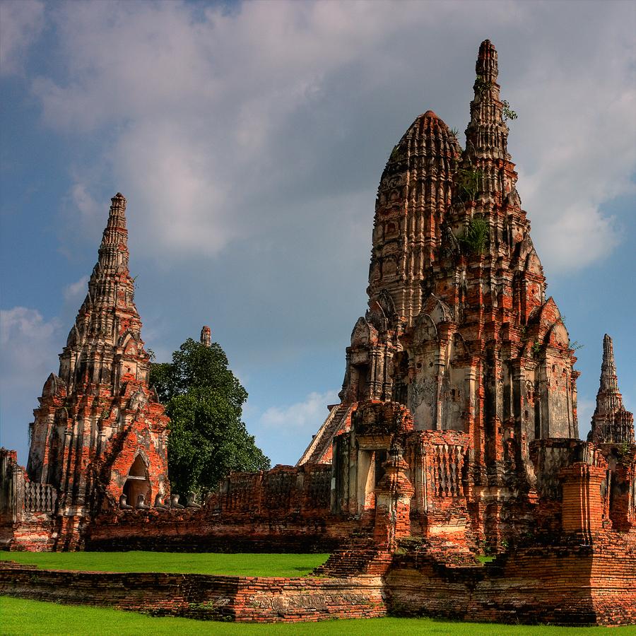 Ayutthaya Historical Park by ernieleo on DeviantArt