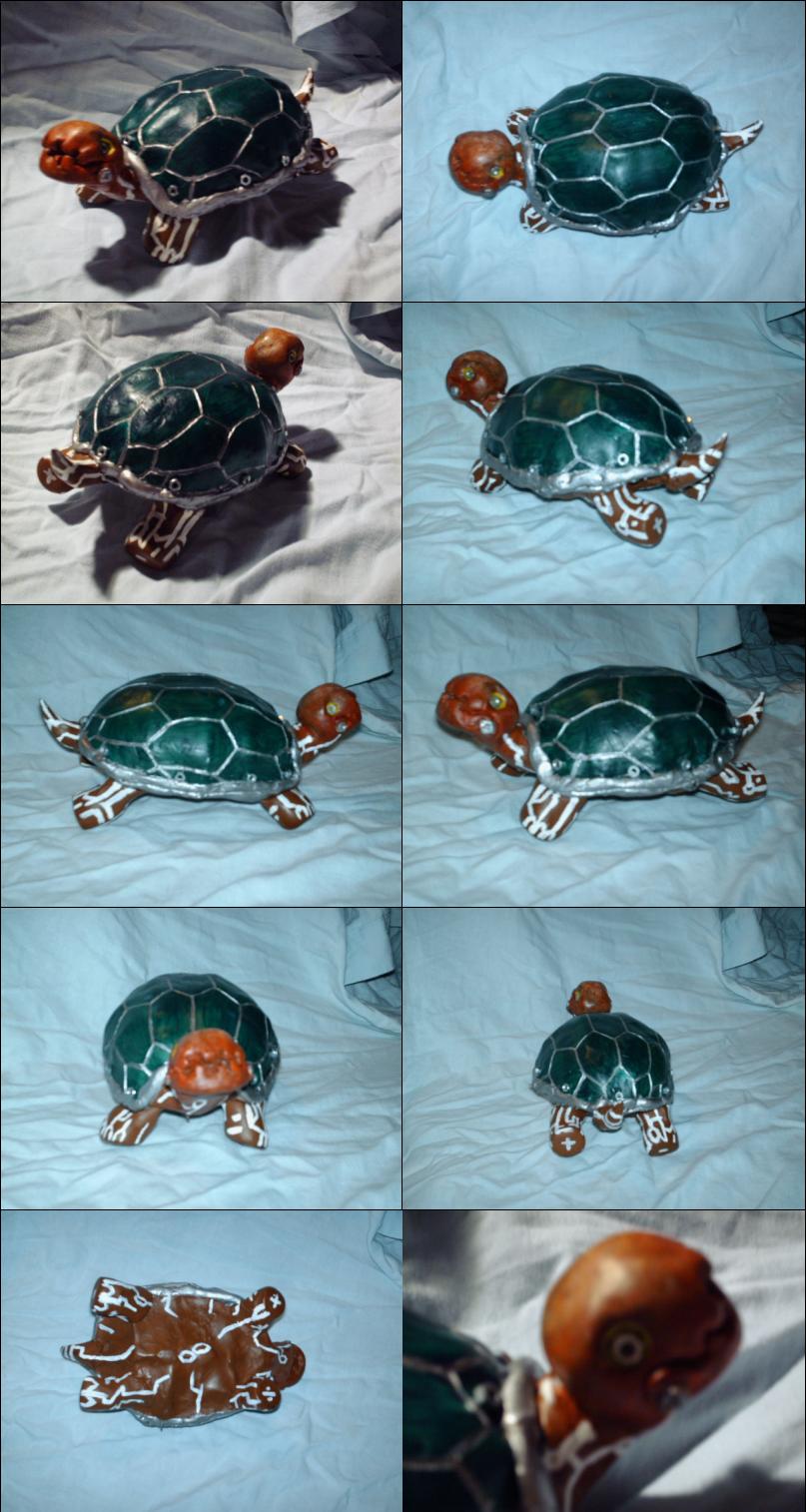 Robot Turtle sculpture by Spartichi