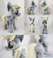 Derpy Hooves Plushie by dollphinwing