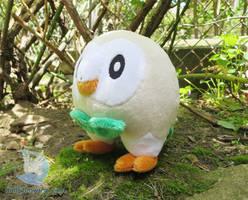 Pokemon Rowlet Plushie