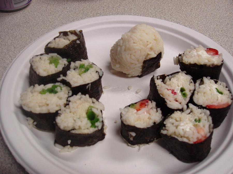 Sushi and Onigiri: Kani and Ichigo by Esvandetta