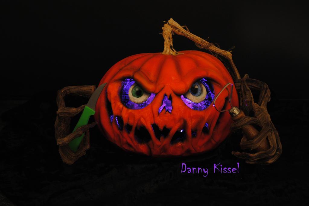 Kissel Studios logo pumpkin by kissel71