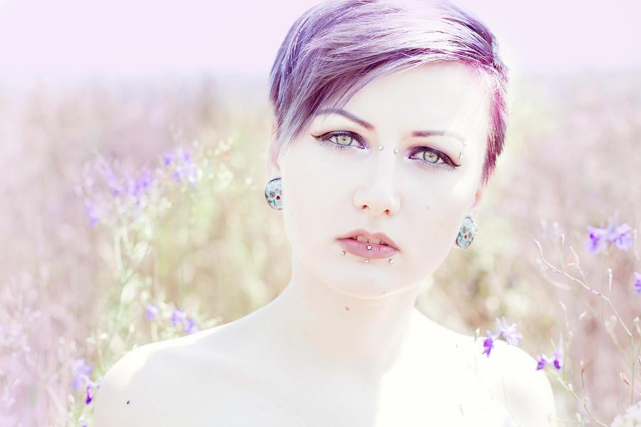viola by bluexspace