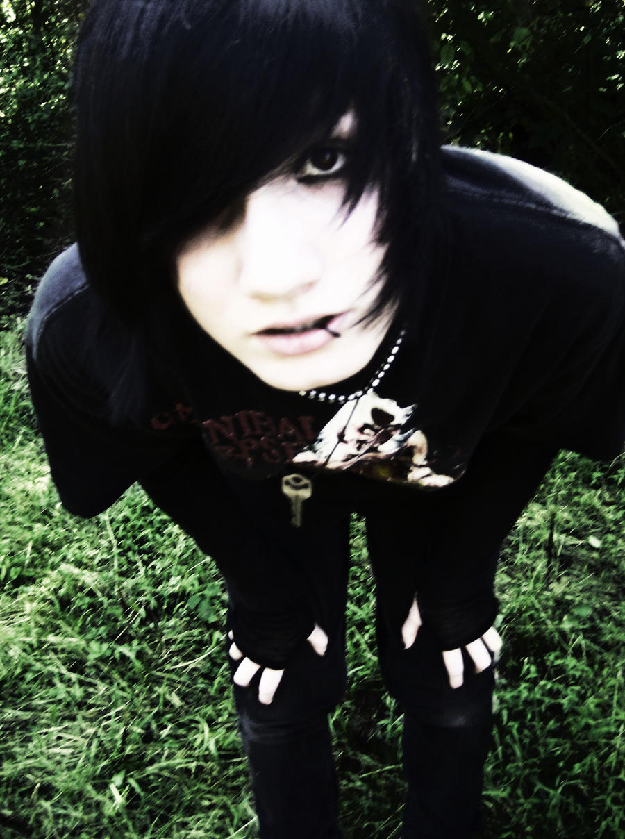 what is the meaning of goth and emo dating