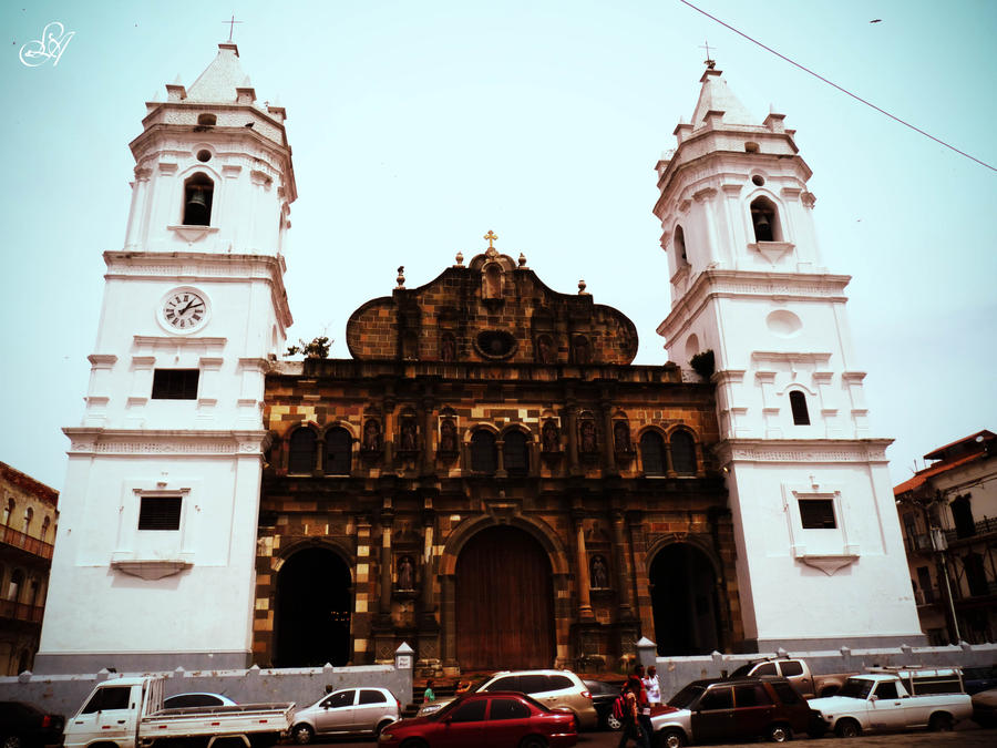 Catedral by Ludiie