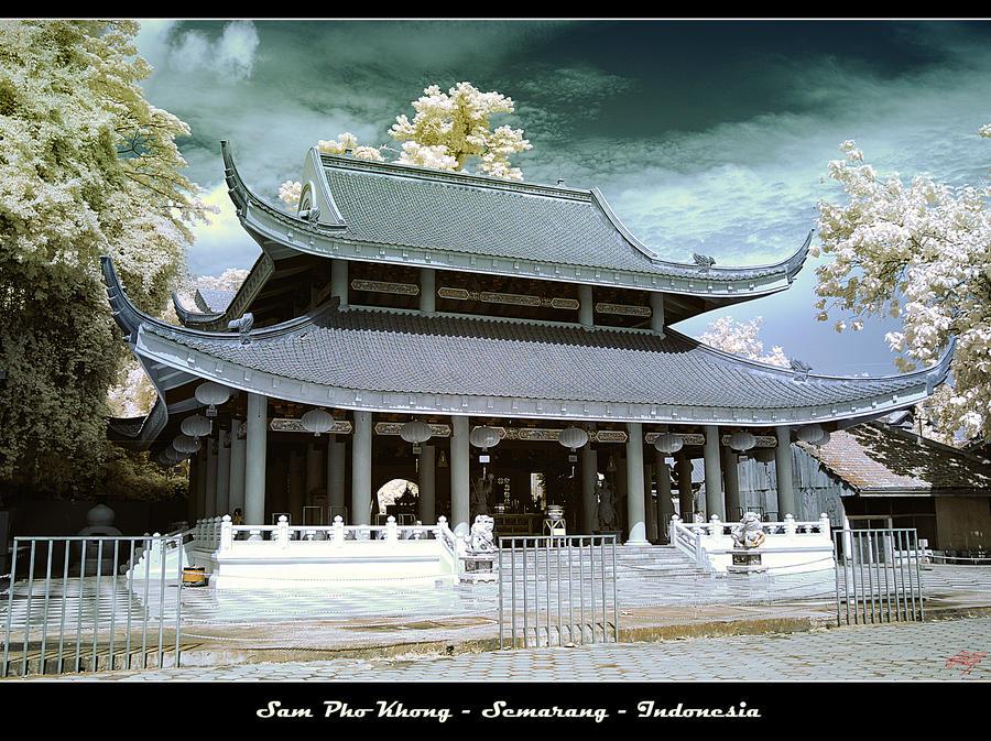 Sam Pho Kong Semarang by neoxavier