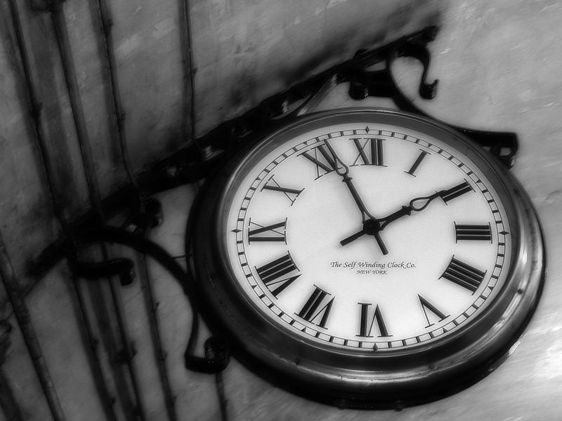 The Self Winding Clock by pixeldiva