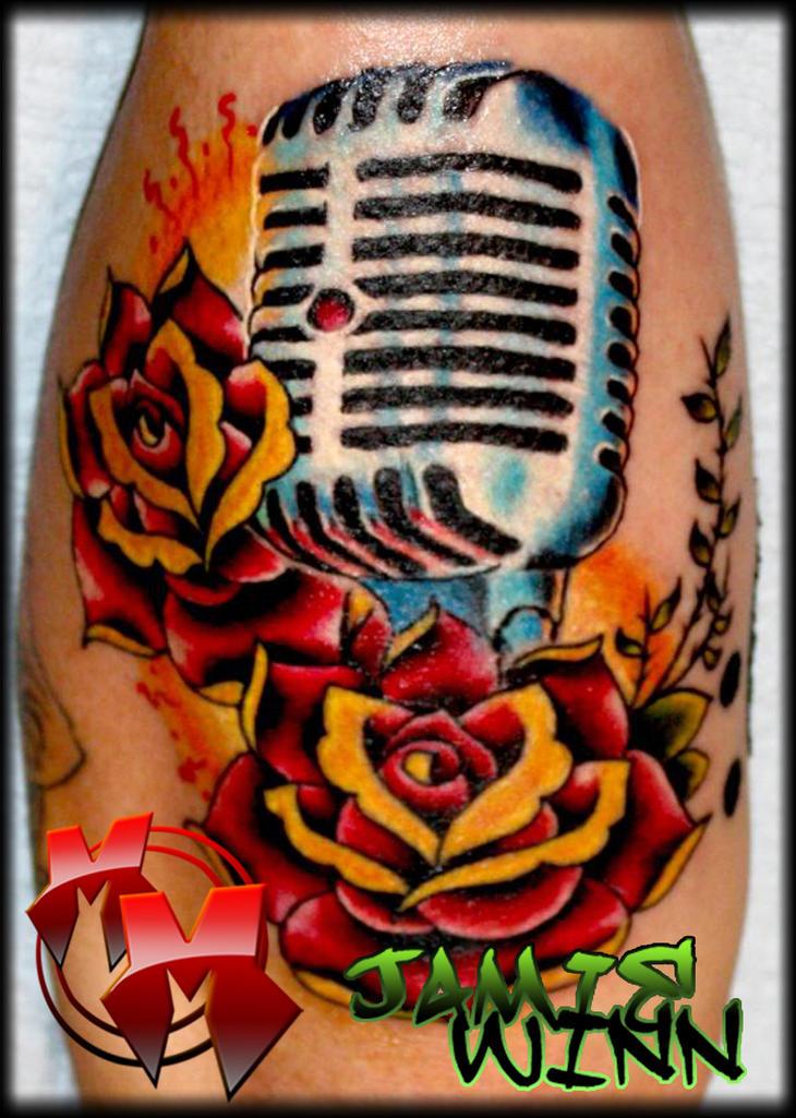 collaborative microphone by MattieMacabre