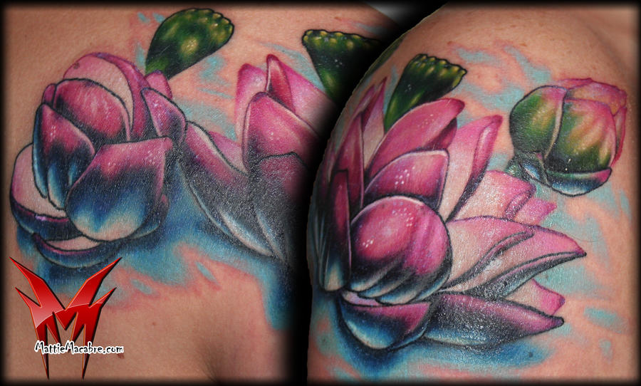 shoulder waterlilies by MattieMacabre