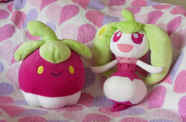 Pokemon - Bounsweet and Steenee