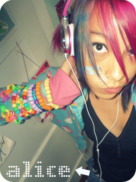 pretty little rave girl № 653960