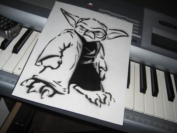 Yoda graffiti stencil by funieguy on deviantart - Pochoir star wars ...