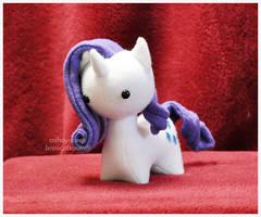 MLP - Itsy-Pony Rarity Plush by mihoyonagi
