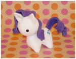 Commission - MLP - Itsy-Pony Rarity by mihoyonagi