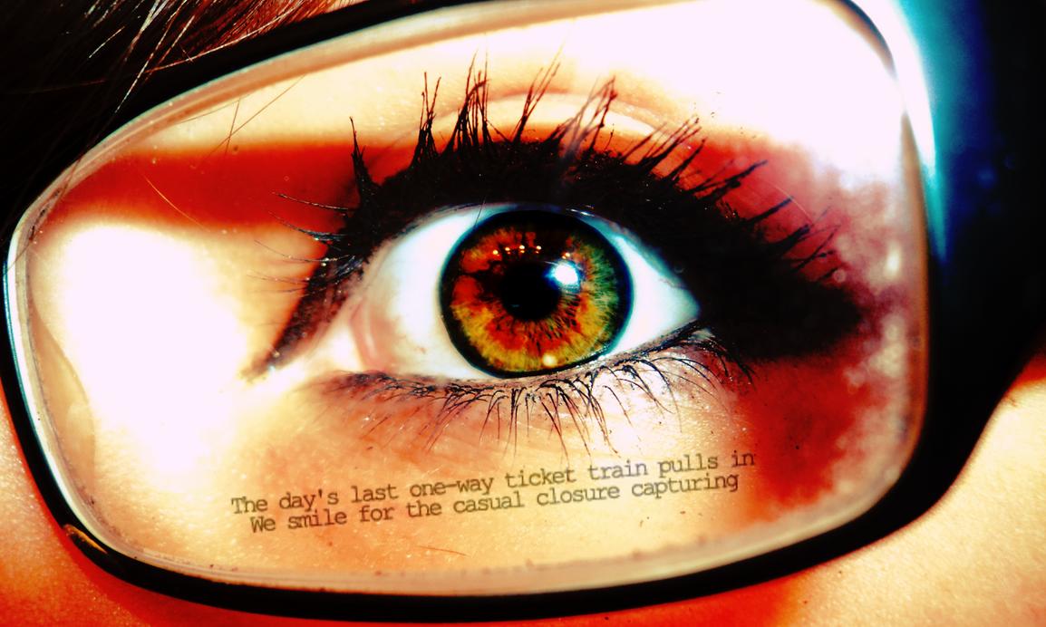 Hazel Eye Wallpaper by katiesockpuppet