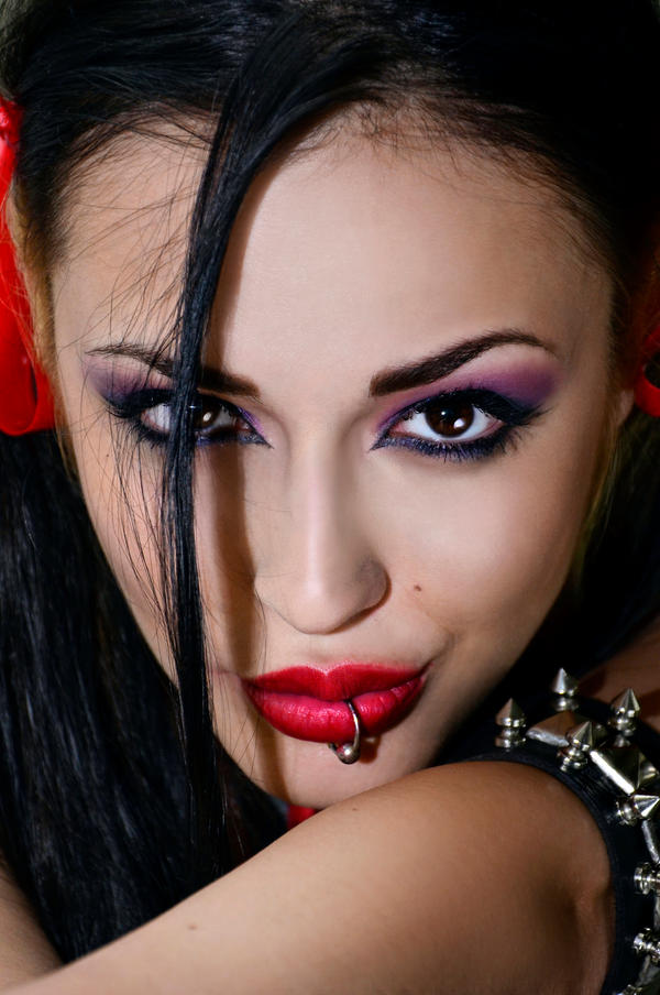 Evil look by Pasiphae---17