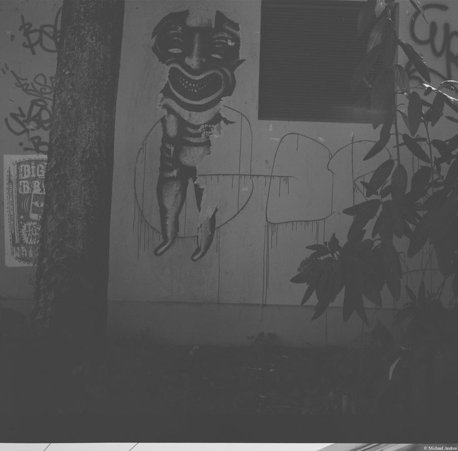 Ennea - Ilford - graffiti by Picture-Bandit