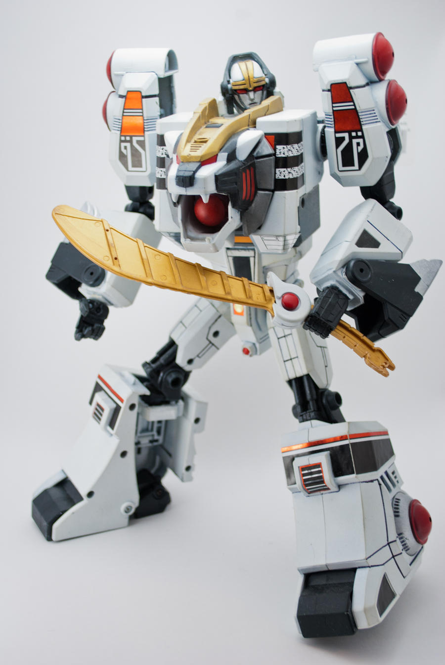MMPR White Tiger Megazord by puzzledperplexity