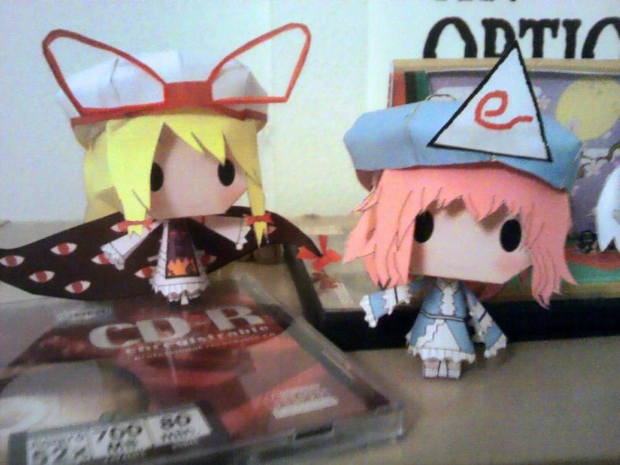 Yuyuko and Yukari papercrafts together ^_^ by Merengil