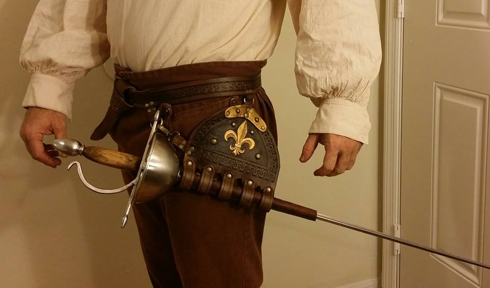 Musketeer Rapier Hanger by theDOC30427