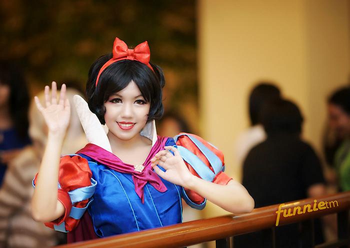 A Greeting from Snow White by ki-ri-ka